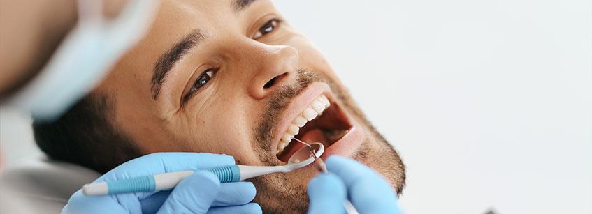 encias rojas, gingivitis y periodontitis, encias hinchadas, gingivitis grave, encias inflamadas emba